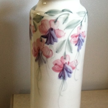 Asian vase ???
