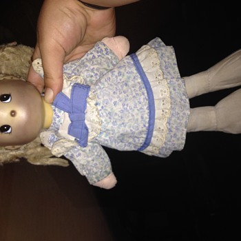 I need help with this doll - Dolls