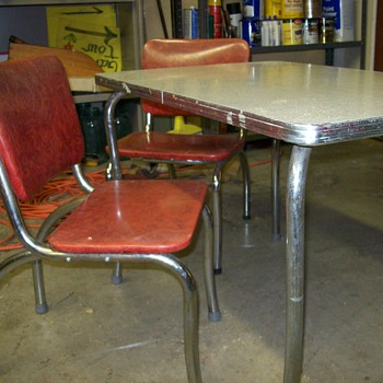 1950,s CHROME CHILDS TABLE SET - Furniture