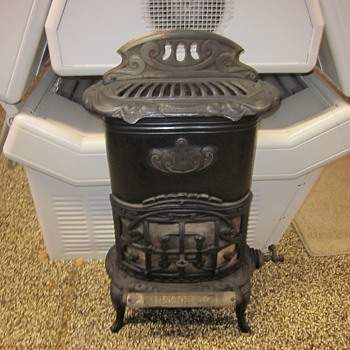Antique Junior 20 Gas Heater