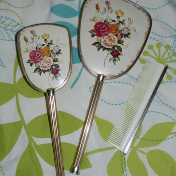 Vintage 1950s (?) Brush, Comb &amp; Mirror Set - Accessories