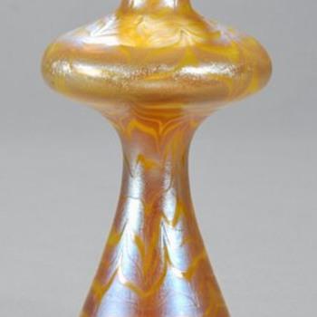 Loetz PG 85-3780 Vase. - Art Glass