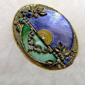 One of My Favorite Marena Brooch/Pendants - Costume Jewelry