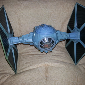 HASBRO TIE FIGHTER