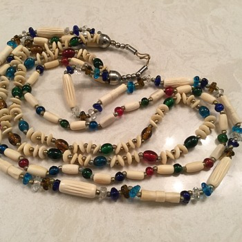 MENAGERIE OF BEADS - Costume Jewelry