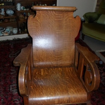 Solid Oak rocking chair [origin uinknown]