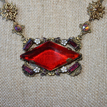 Red Glass Diamond Shape Necklace - Costume Jewelry