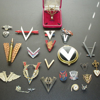 WW 2 V for Victory Sweetheart Jewelry