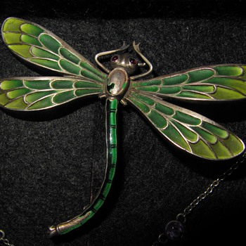 Early 20th century plique-a-jour dragonfly brooch. - Fine Jewelry