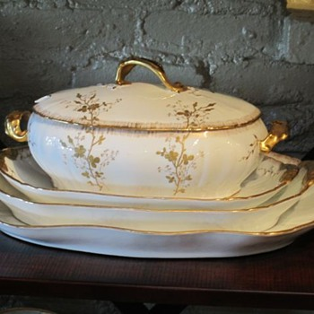 Elite Limoges (Bawo &amp; Dotter 1896) Need pattern name or #. Thanks