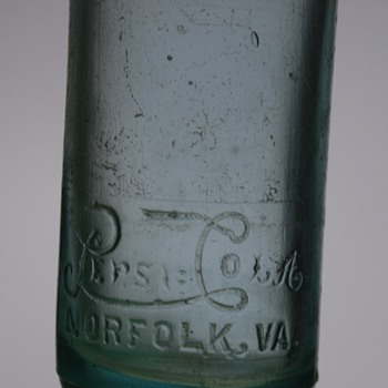 Very nice Vintage Pepsi Cola Bottle Norfork VA - Bottles