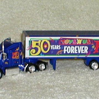 "Matchbox ""Toys 'R` Us"" Anniversary Rig - Model Cars"