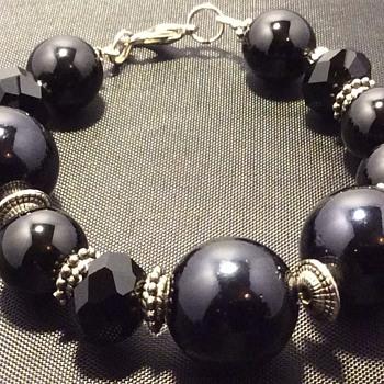 Onyx bracelet ?