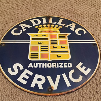 Cadillac Service enamel sign - Classic Cars