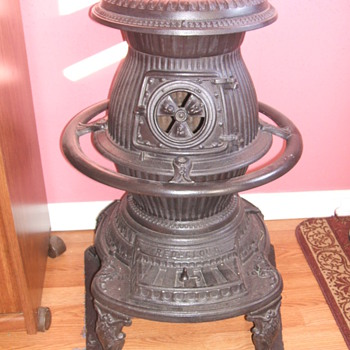 POTBELLY STOVE - Kitchen