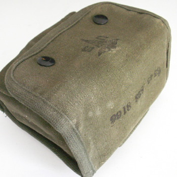 Vietnam Army First Aid Kit - Military and Wartime