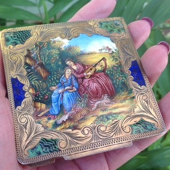 Italian vintage silver gilded enamel compact - Accessories