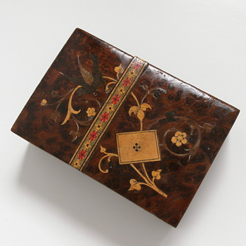 Wood inlay playing cards box - Cards