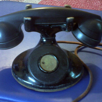 1930's No-Dial Phone by Western Electric