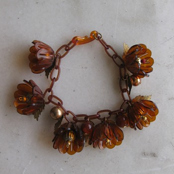 30's to 50's celluloid and brass flower bracelet - Costume Jewelry