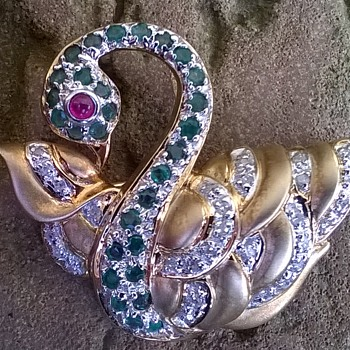 585/14K Gold w/ Diamonds, Emeralds & Ruby Brooch/Pendant Thrift Shop Find 1 Euro ($1.06)$ - Fine Jewelry