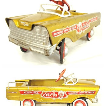 Big Top Circus Pedal Car by Murray - Model Cars