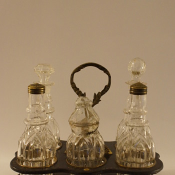 Worst quality but still a lovely Cruet Set