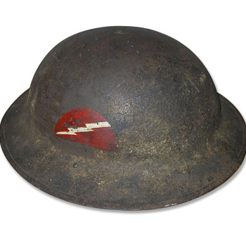 First World War US M1917 helmet - Military and Wartime