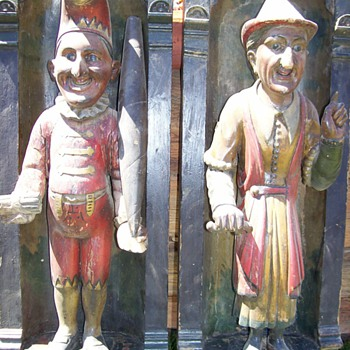 Punch and Judy wood carvings - Folk Art