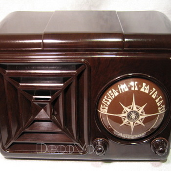 Automatic 614X Tube Radio - Radios