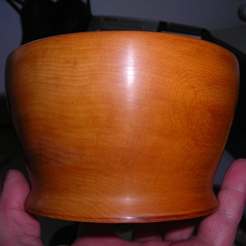 Pretty bowl, what kind of wood??