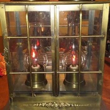 Vintage 2 Bulb Brass Lamp