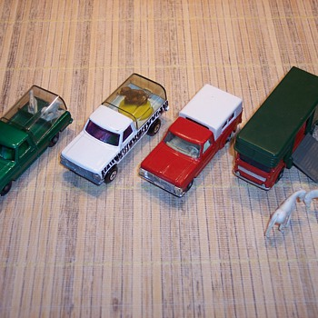 Matchbox trucks - Model Cars
