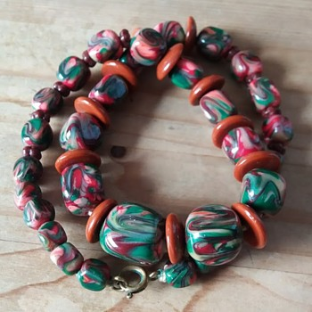 Swirly glass bead necklace