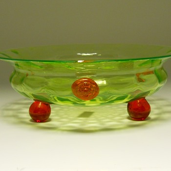 Art Deco, Lime Green Art Glass Bowl, Circa 1930