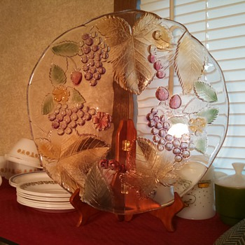 """12.5"""" shallow bowl/plate flashed fruits and leaves - Glassware"""