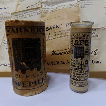 Warner's Safe Pills, 1880s-1890s Labeled and Boxed - Bottles