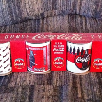 6 Coca-cola coffee mugs 1972 ~ never taken out of original box