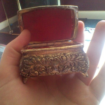 small vintage jewllery box