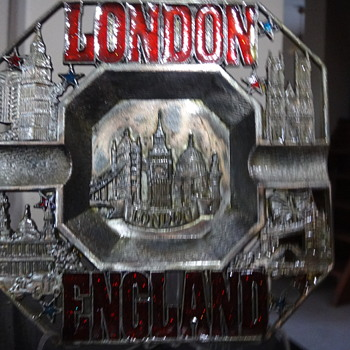My Favorite City.London, Ashtray, Antigue and Used Ashtray...Almost 25 years old. Tower Bridge, Big Ben...
