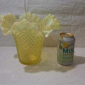 VERY LARGE FENTON TOPAZ OPALESCENT HOBNAIL VASELINE VASE