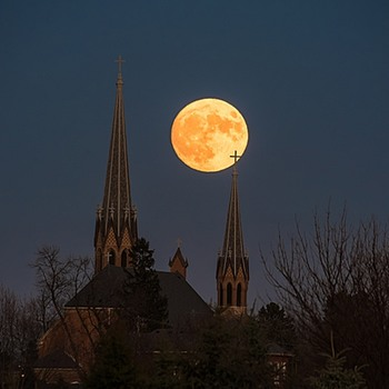 Supermoon! (November 2016 - as seen in central Minnesota)
