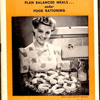 WWII Victory and Vancouver Sun Cookbooklets - Books