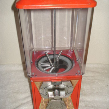 a & a .... candy machine   - Coin Operated