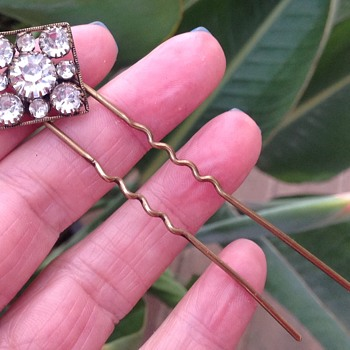 Antique Hair Pin - Costume Jewelry