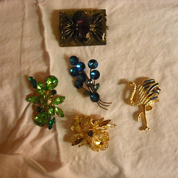 5 of my unsigned  brooch beauties - Costume Jewelry