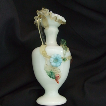 Victorian Art glass ewer with matsu-no-ke flower - Art Glass