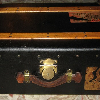 Small Patent Leather Steamer Trunk
