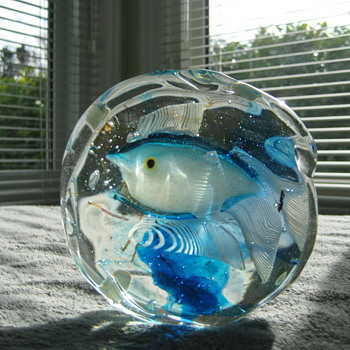 Cenedese fish aquarium paperweight - Art Glass