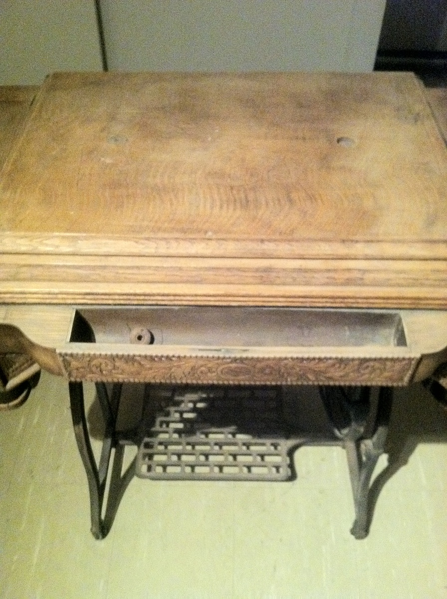 Late 1800 S Sewing Machine Cabinet Collectors Weekly
